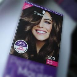 Schwarzkopf Perfect Mousse nr 500 średni brąz. Farba do włosów.